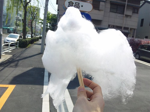 雲のようなわたあめが・・・゚+.(・∀・)゚+.゚